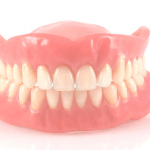 3 IMPORTANT PROS AND CONS OF DENTURE TREATMENT